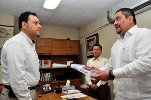 Recepciona-Congreso-Informe-de-Actividades-2014-de-la-CEDH-2