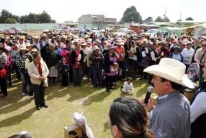ENTREGAN-PAQUETES-INVERNALES-A-COMUNIDADES-DE-LA-MONTANA-EN-ALMOLOYA-DE-JUAREZ-3