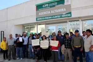 Protestas-usuarios-ante-la-CFE-por-incrementos-desconsiderados-2