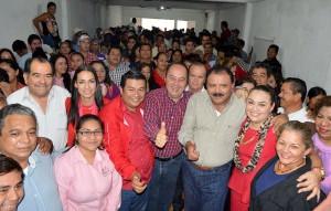 Y-EL-MATRIMONIO-SE-DIO-MANUEL-GRANIEL-BURELO-GRABUR,-RECIBE-EN-CASA-A-GREGORIO-ARIAS-PEREZ-GOYO-ARIAS,-ESTA-DUPLA-NADIE-LA-PARA