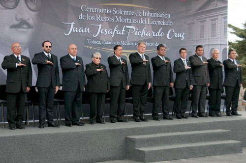ASISTEN-DIPUTADOS-A-CEREMONIA-DEDICADA-A-JUAN-JOSAFAT-PICHARDO-1