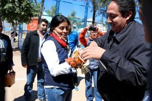 Diputada-Federal-Eufrosina-Cruz-reconoce-el-trabajo-del-Alcalde-de-Nochixtlan-1