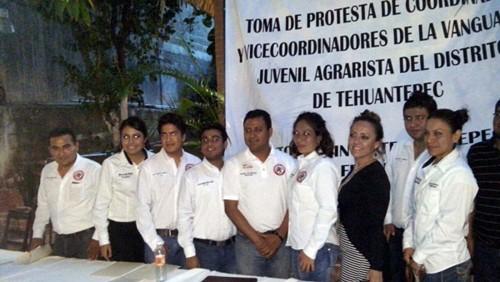 elipe-Orozco-Arriaga-tomo-protesta-como-Coordinador-General-de-Vanguardia-Juvenil-Agrarista-en-el-Distrito-de-Tehuantepec-1