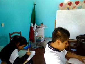 Secundaria-de-nueva-creación-en-Guadalupe-Hidalgo-Etla-es-desalojada-de-las-instalaciones-que-ocupaba-para-dar-clases-2