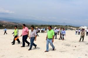 Con-recursos-estatales-inicia-ayuntamiento-de-Nochixtlán-trabajos-de-construcción-del-relleno-sanitario-1