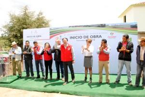 """Gracias-al-trabajo-coordinado-inician-obras-de-pavimentación-en-el-camino-de-acceso-de-las-comunidades-""""La-Posta""""-y-""""La-Lima""""-1"""