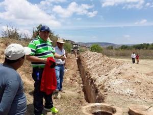 Inicia-obra-de-introducción-de-drenaje-sanitario-en-la-colonia-Adolfo-López-Mateos-2