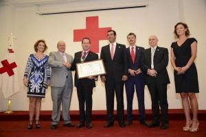 "Entregó-Cruz-Roja-Mexicana-la-medalla-""Henry-Dunant""-al-Gobernador-Eruviel-Ávila-Villegas-2"
