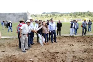 Inician-segunda-etapa-de-la-unidad-deportiva-en-Yebucibi
