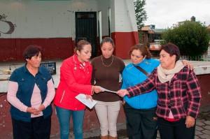 LLEVA-JANETH-CONZUELO-SERVICIOS-MÉDICOS-A-ESTUDIANTES-DE-ALMOLOYA-DE-JUÁREZ-2