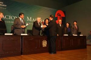 Reconocen-a-rector-de-la-Autónoma-de-Hidalgo-con-Premio-Nacional-3