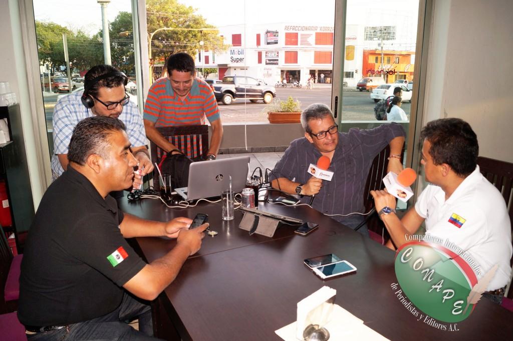 Directivos de CONAPE Internacional en entrevista para Fiesta Mexicana 93.3 FM