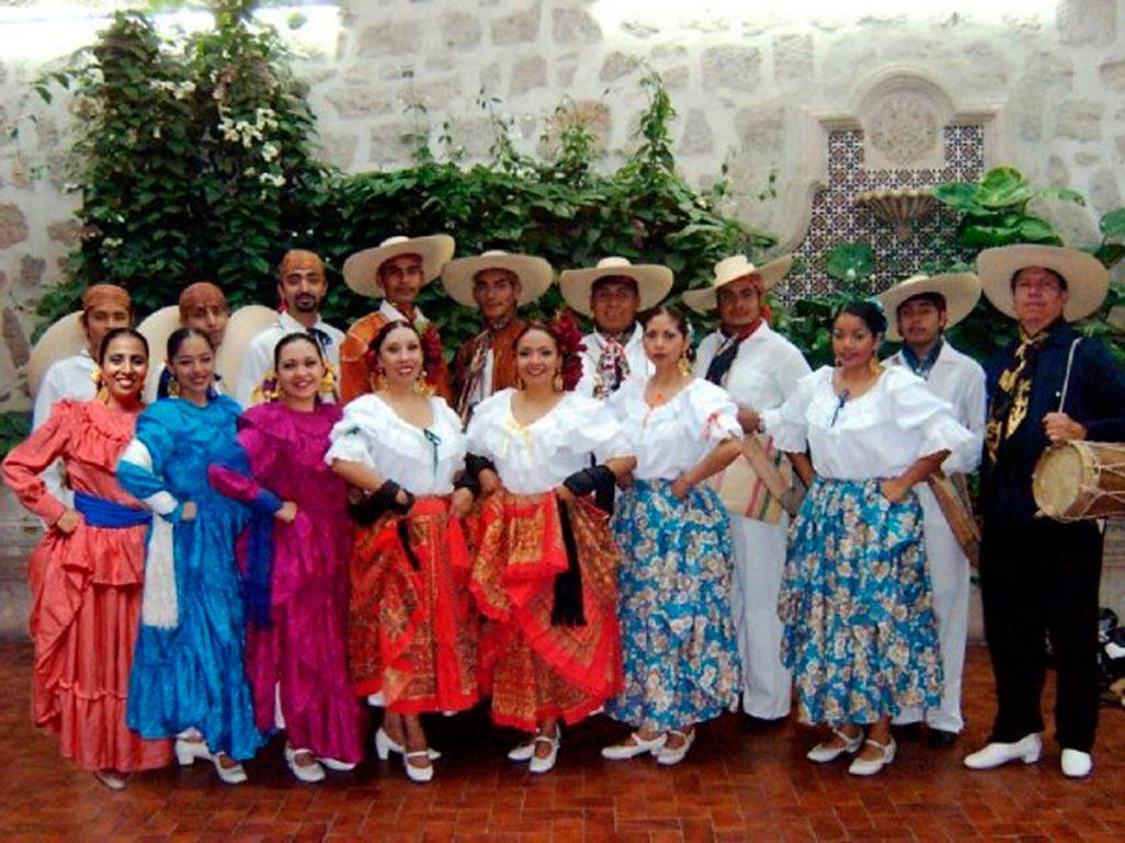Todo-se-encuentra-listo-para-realizar-el-Octavo-Festival-Internacional-de-la-Cultura-Michoacana-1