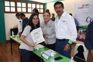enoc-hernandez-cruz-director-de-icatech-entrega-constancias-en-san-cristobal-de-las-casas-2